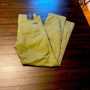 "Weatherproof Cotton Utility Chino 32"" inseam"